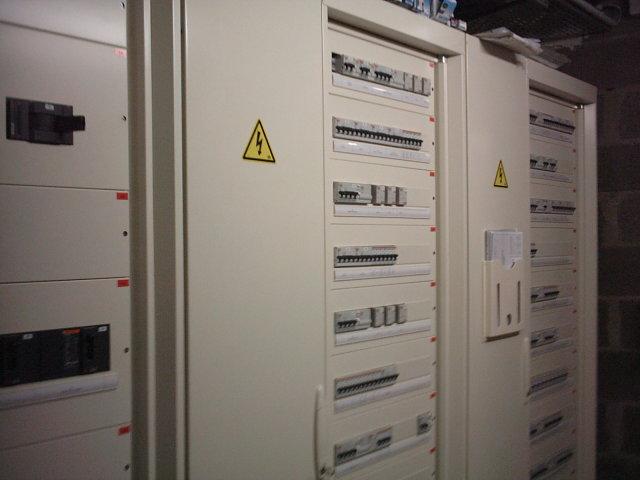 Câblage armoires électriques